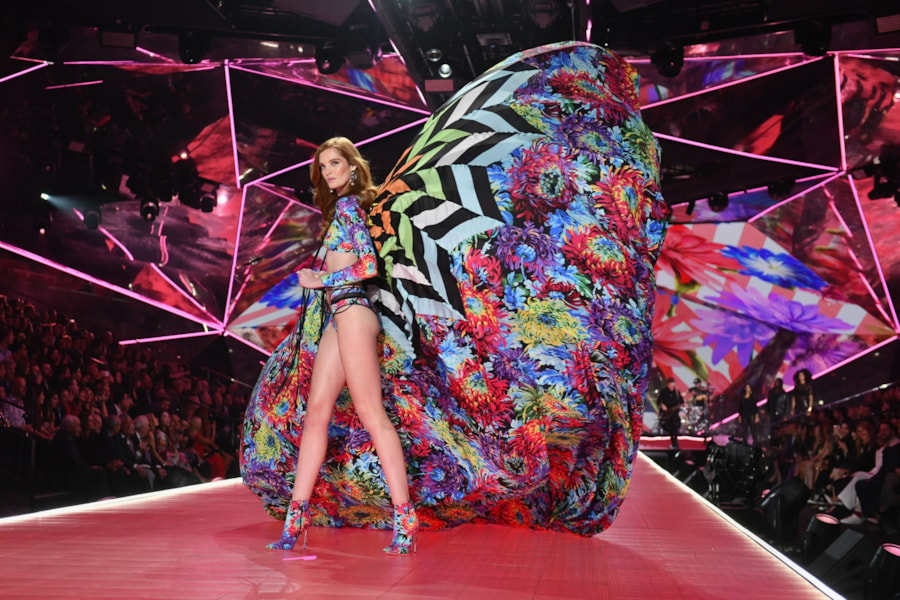 NEW YORK, NEW YORK - NOVEMBER 08: Alexina Graham walks the runway during the 2018 Victoria's Secret Fashion Show at Pier 94 on November 08, 2018 in New York City. (Photo by Noam Galai/Getty Images)