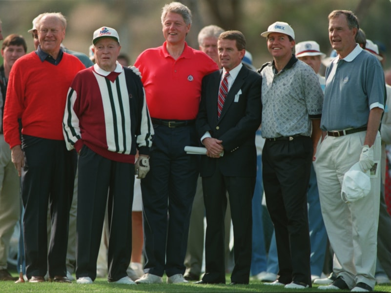 15 Feb 1995: STANDING ON THE 10TH TEE AT INDIAN WELLS COUNTRY CLUB ARE, FROM LEFT, PRESIDENT GERALD FORD, TOURNAMENT HOST BOB HOPE, PRESIDENT BILL CLINTON, PGA TOUR COMMISIONER TIM FINCHEM, DEFENDING CHAMPION SCOTT HOCH, AND PRESIDENT GEORGE BUSH. FORD, H