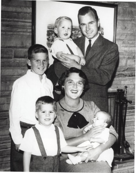 374942 01: (FILE PHOTO)  Barbara Bush and George Bush pose with children Neil Bush, George W. Bush, Jeb Bush and Marvin Bush in 1956. George W. Bush is currently campaigning for the Republican party for the presidencial election in November 2000.  (Photo by Newsmakers)