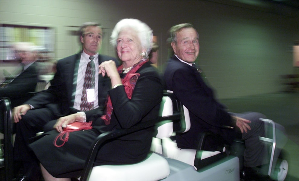 374754 09: ,George and Barbara Bush arrive for the first day of the Republican National Convention, July 31, 2000 in Philadelphia. (Photo by Mark Wilson/Newsmakers)