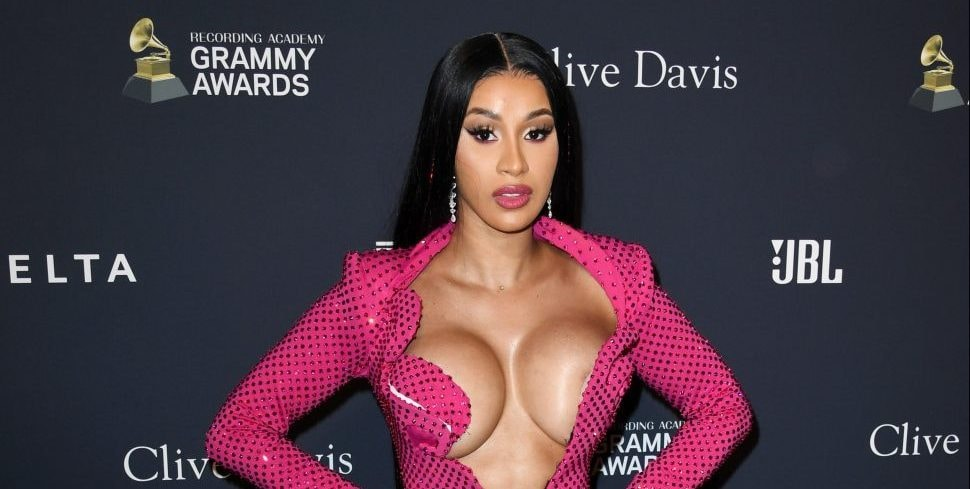 #BoobsOutForCardi: Cardi B fans post topless pictures in